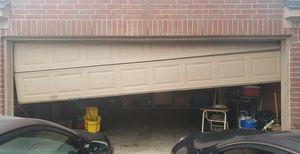 Reparamos puertas de garage door buenos precios for Sale in Katy, TX
