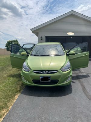 2013 Hyundai accent hatchback 75k miles for Sale in Rockford, IL