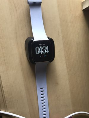 Fitbit watch for Sale in Apopka, FL