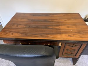 Wooden Desk with Chair for Sale in Morgantown, WV