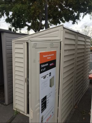 Almost new shed for sale 300 or best offer 4'x8' for Sale in Richmond, CA