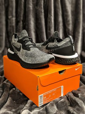 Men's Size 12.5 (fits size 12) Nike Epic React Oreo (New in Box) Black/White Shoes Sneakers AQ0067-011 for Sale in Stickney, IL