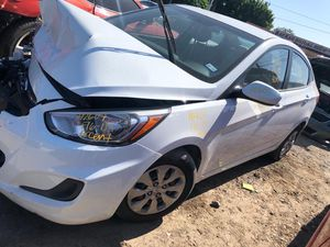 2016 HYUNDAI ACCENT FOR PARTS PARA PARTES for Sale in Houston, TX