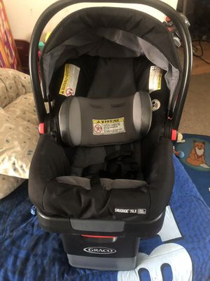 Graco car seat.. Like new for Sale in West Seneca, NY