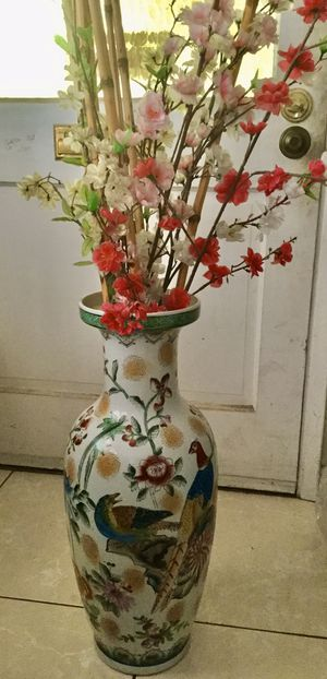 Big vase home flower decoration for Sale in Long Beach, CA