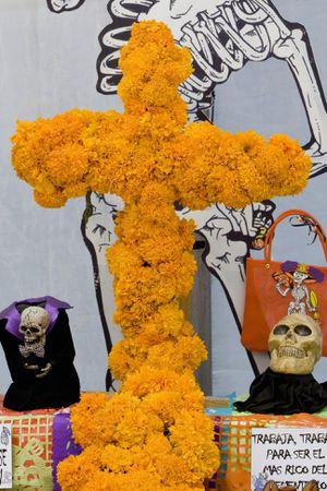 Cruz Para el dia de los muertos for Sale in Chicago, IL
