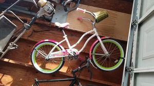 Girls 20 inch cruiser & Fuji for Sale in Stockton, CA