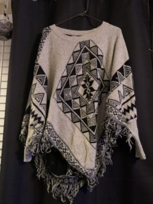 Grey Sleeved Pancho with design in black for Sale in Plainfield, IL