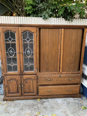 Beautiful Antique Cabinet / Hutch for Sale in Norwalk, CA