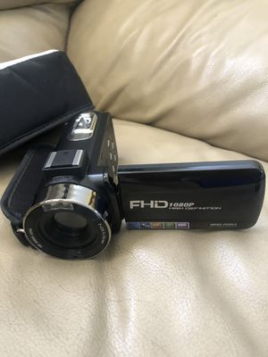 """18X Digital Zoom Video Camera 1080P 30FPS Digital Camera with Remote Control 3"""" IPS 270° Rotation Screen for Sale in Rancho Cucamonga, CA"""