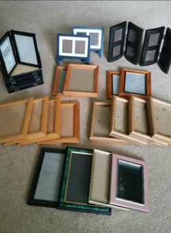 Assortment of Picture Frames for Sale in Battle Ground,  WA