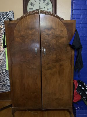 Armoire for Sale in Arlington, TX