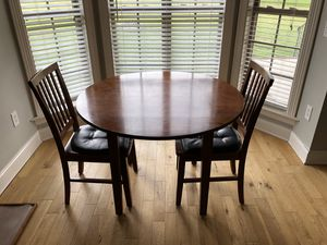 Breakfast Table + 2 Chairs for Sale in Bell Buckle, TN