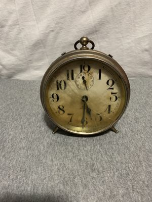old wind up alarm clock for Sale in Clackamas, OR