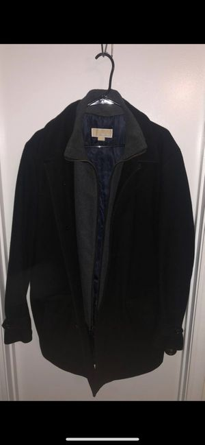 Michael Kors Coat SIZE Large for Sale in Lawrenceville, GA