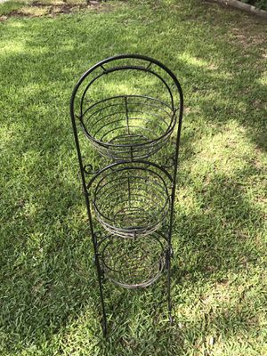 Iron metal plant stand flower tower 3 flower pots for Sale in San Antonio, TX