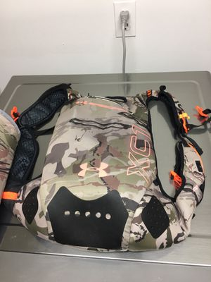 Under Armour hidratation backpack for Sale in Lutherville-Timonium, MD