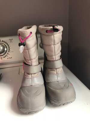 Youth size 2 North Face Winter Boots $15 for Sale in Woonsocket, RI