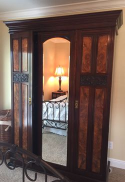 Antique English Armoire for Sale in St. Petersburg,  FL