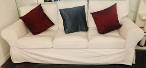 White couch with washable covers! for Sale in Miami, FL