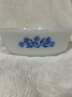 Pyrex White Glass Bowl for Sale in West Valley City,  UT