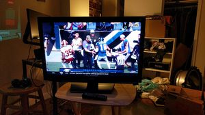 "JVC 32"" LCD TV/DVD for Sale in Arlington, VA"