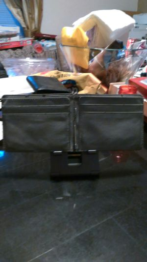 Lama. Leather bill clip with ID credit card holder for Sale in Bridgeport, CT