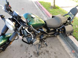 2015 Yamaha Bolt C Spec - Under 5,000 miles! for Sale in Los Angeles, CA
