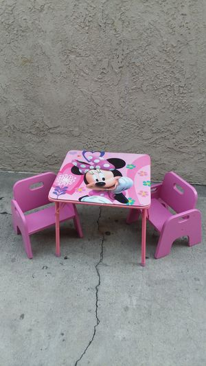 LITTLE TABLE W TWO CHAIRS FOR KIDS for Sale in Whittier, CA