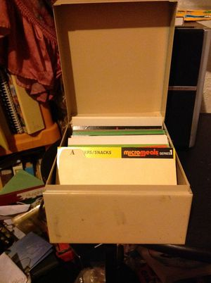Micromeals recipe cards in a small file cabinet for Sale in Olivette, MO