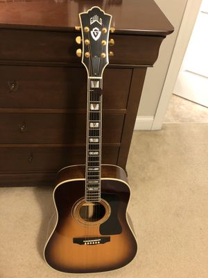 Beautiful Guild D55 acoustic guitar for Sale in Cary, NC