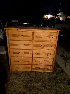 10 Drawer Dresser for Sale in Colorado Springs, CO