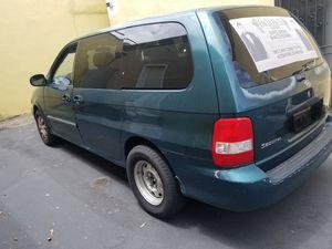2004 Kia Sedona for Sale in Torrance, CA