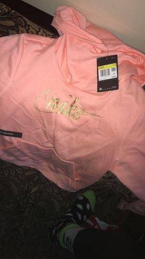 Nike women's sweat shirt size small for Sale in Fitzgerald, GA