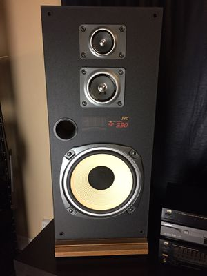 JVC STEREO Receiver + CD/DVD Player + 240 Watts JVC Vintage Speakers + Remote. for Sale in North Lauderdale, FL
