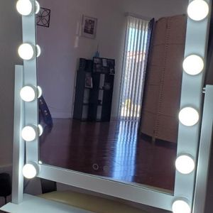 Vanity Mirror for Sale in Fontana, CA