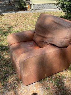 Free Leather Recliner by American Leather for Sale in St. Petersburg,  FL