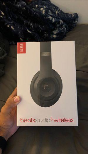 New Beats Studio3 Wireless Matte Black Headphones for Sale in Houston, TX
