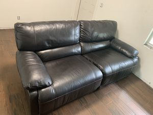 Power recliner leather sofa for Sale in Lutz, FL