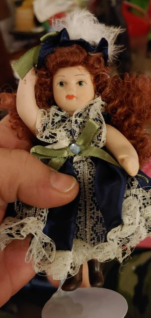 Porcelain dolls for Sale in Bloomfield, IA