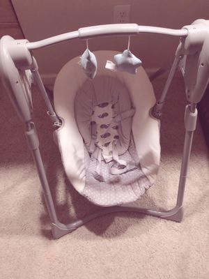 Baby Swing for Sale in Gahanna, OH