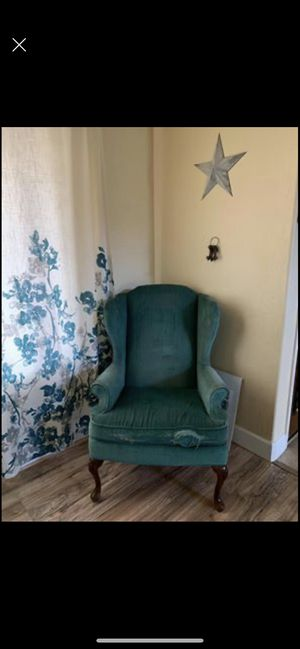 Shabby Teal Chair for Sale in Queen Creek, AZ