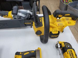 Dewalt 20v chainsaw only 80$!!! Tool only for Sale in Fort Worth, TX