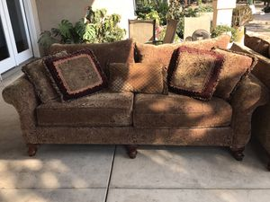 Good used couches. Still firm, no sagging, frame still strong. Nothing wrong with them, just changed paint in the house & decided to get new set. for Sale in Visalia, CA