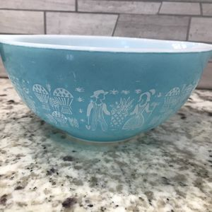 Pyrex Butterprint 442 for Sale in Lakewood, CA