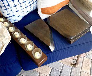West Elm floating shelves and 7 votive candle holder for Sale in Hialeah, FL