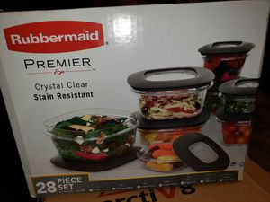 RUBBERMAID premier crystal clear stain resistant for Sale in Los Angeles, CA
