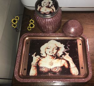 Rolling tray set/ makeup tray set for Sale in Fort Worth, TX