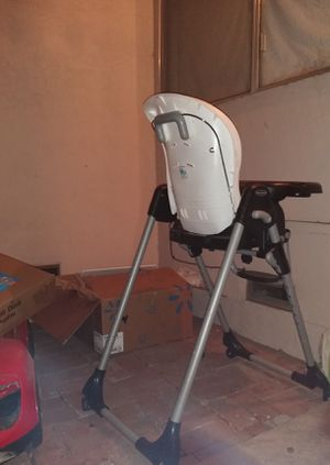 Free high chair for Sale in Stockton, CA