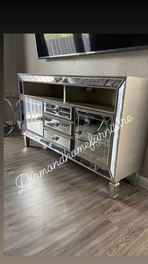 New mirrored tv stand /$29 down for Sale in Houston, TX